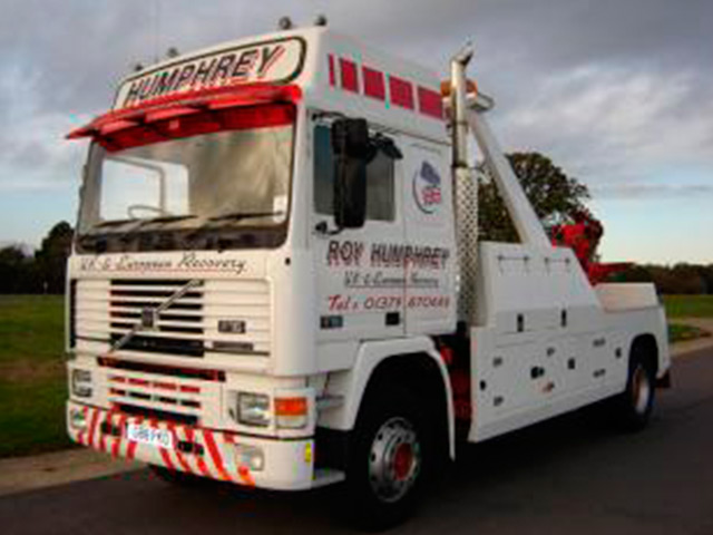 GLOBETROTTER 500 RECOVERY TRUCK